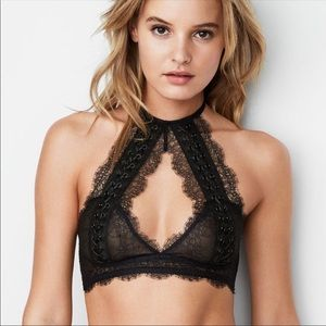 VS Very Sexy Chantilly Lace Lace-Up Bralette